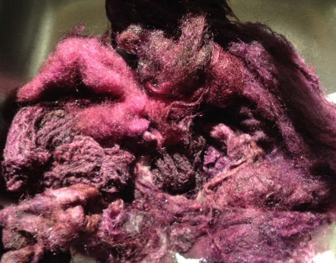 winey red fleece dyeing