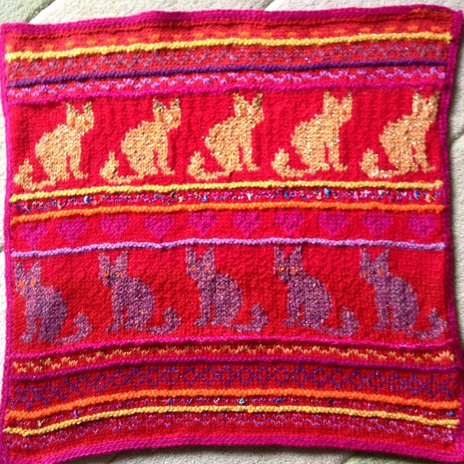 Katherine's knitted cat GiveWrap