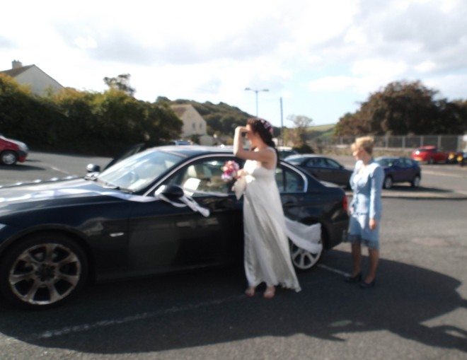 Ellie arriving at the registry office