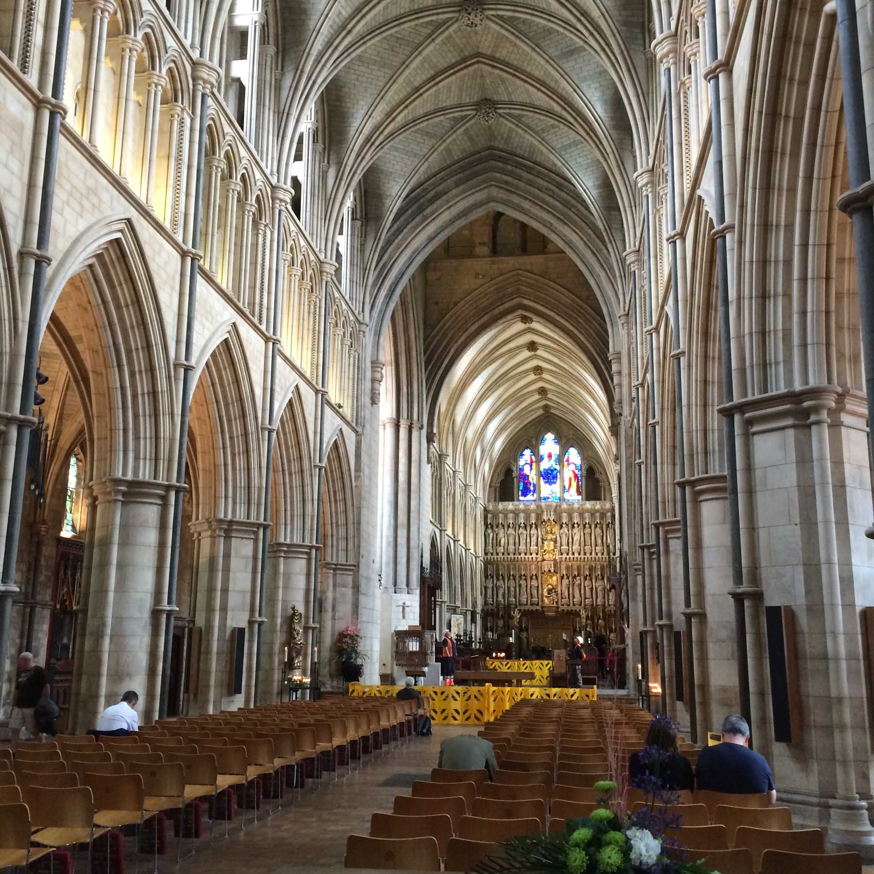 interior of Southwark Cathedral