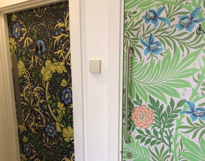 william-morris-patterns-on-toilet-doors