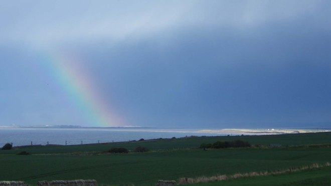 rainbow-on-holy-island