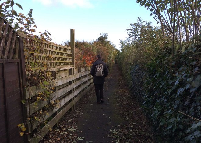 walk-down-slicket-to-paxton-village