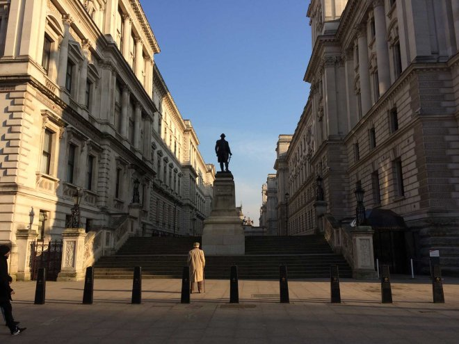 clive-of-india-statue