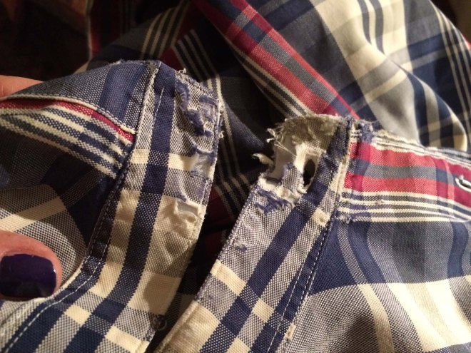 collar-of-shirt-in-a-very-bad-way