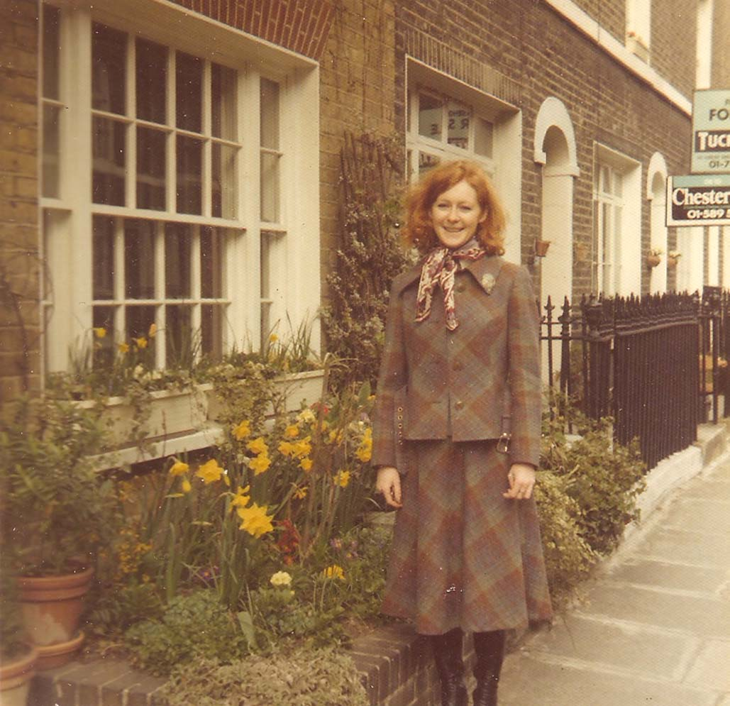 katherine-outside-maunsel-st-1973