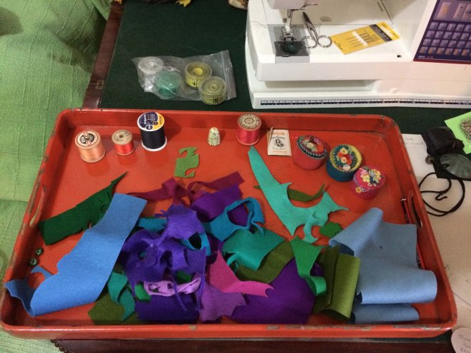selecting-the-felt-colourway