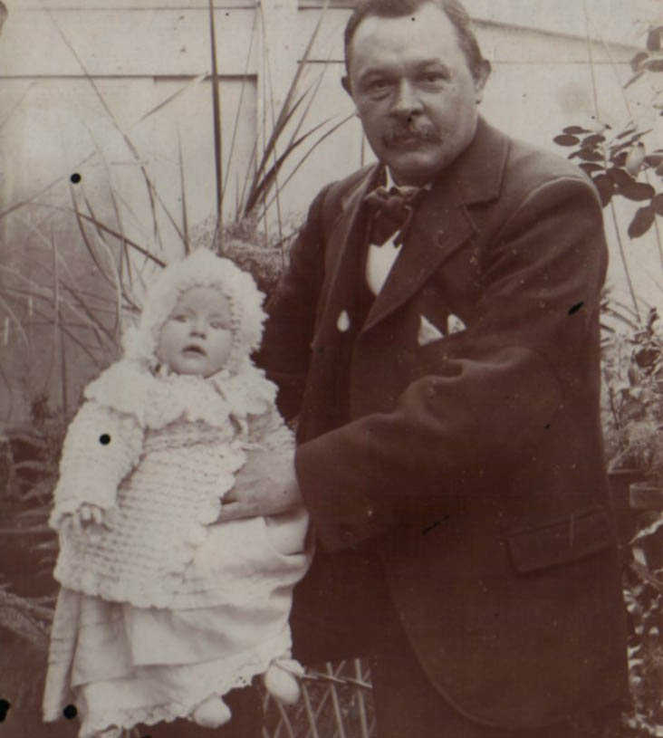 Charles Church with his daugher, Dora c1900